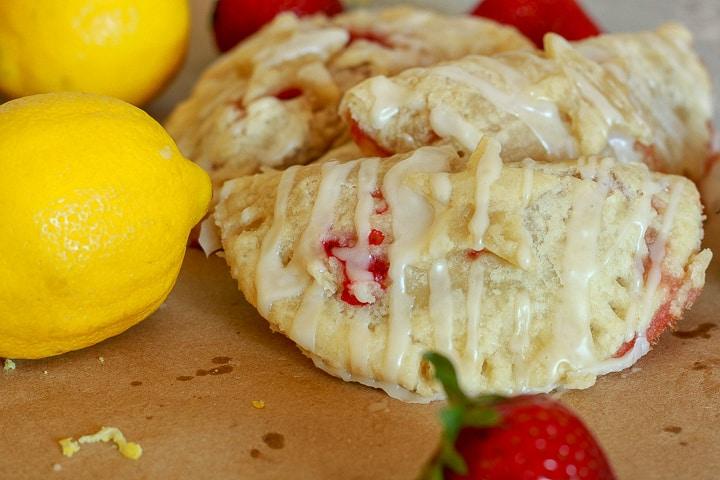 Vegan fruit hand pie