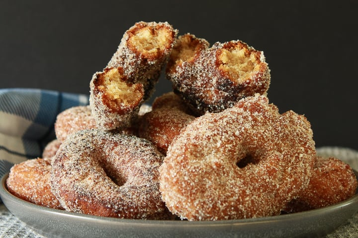 Amazing Vegan Apple Cider Donuts