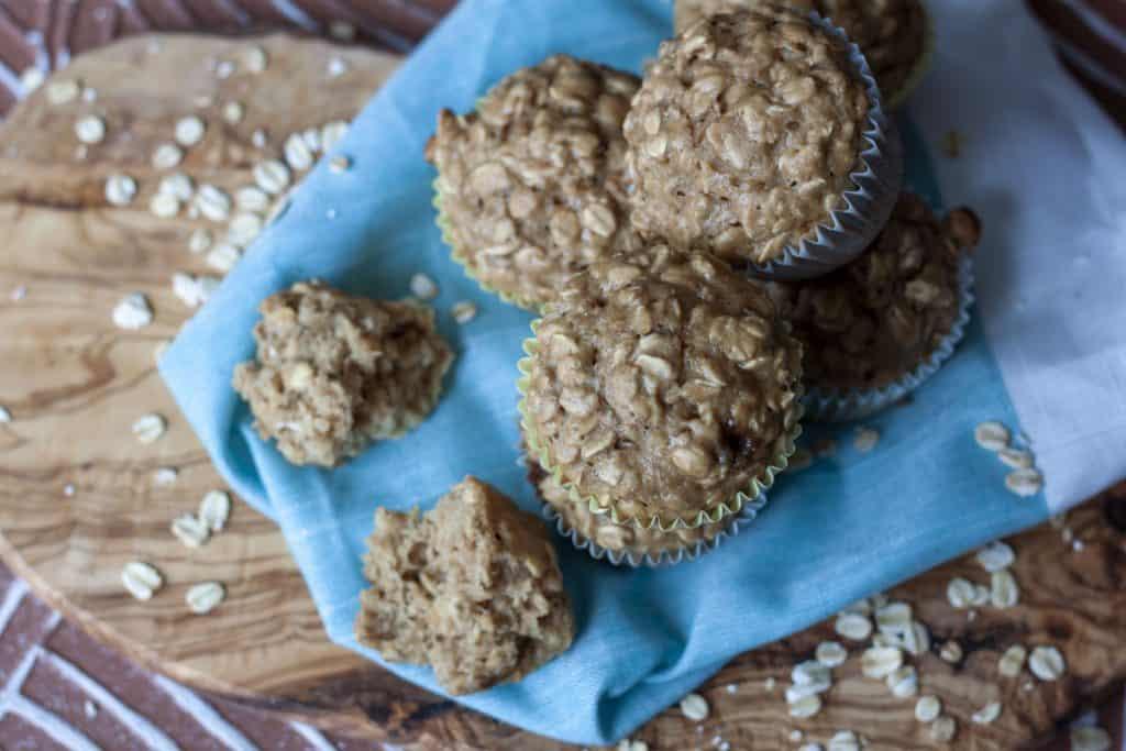 Easy Vegan Oatmeal Muffins