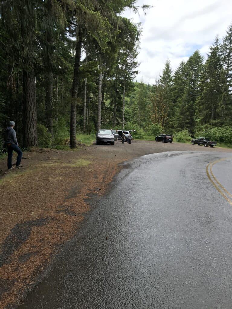 Trailhead parking for Beaver Falls